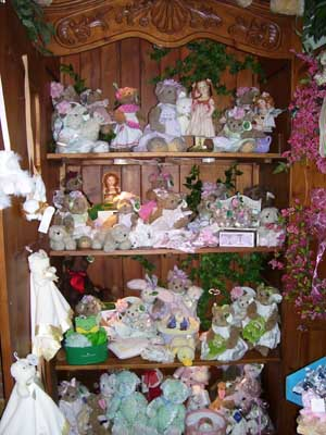 Elaine's Flowers  Gifts in Steelville, Missouri. (mo.) #25618195